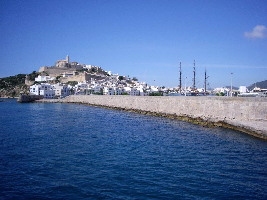 Dalt Vila, un dels topònims amb més història del Mediterrani occidental